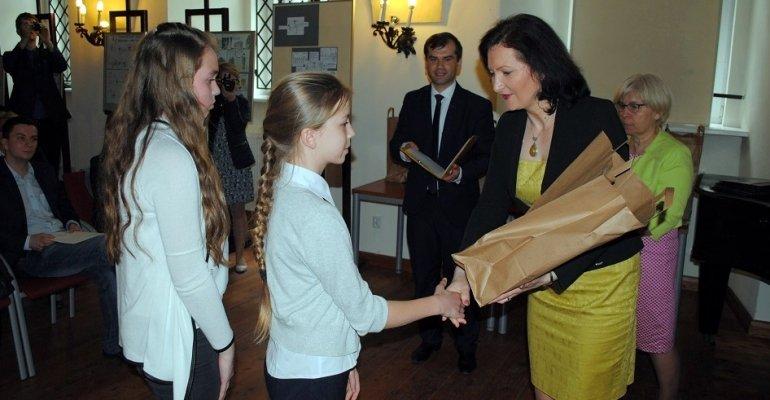 Wojewoda pogratulowała laureatom konkursu