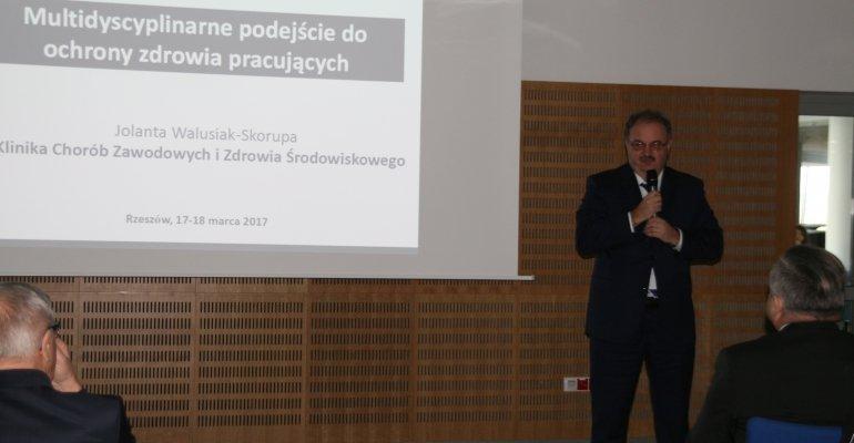 Konferencja medyczna z udziałem wicewojewody