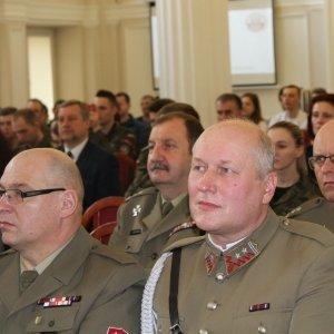 Rola klas mundurowych w procesie szkoleniowym