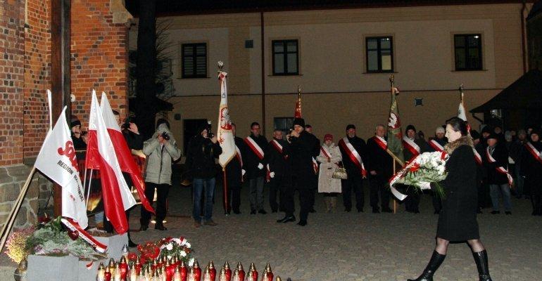 Obchody 35. rocznicy wprowadzenia stanu wojennego