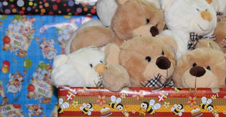 Paczki świąteczne dla pacjentów Podkarpackiego Hospicjum dla Dzieci