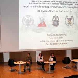 Międzynarodowa konferencja naukowa z udziałem wojewody