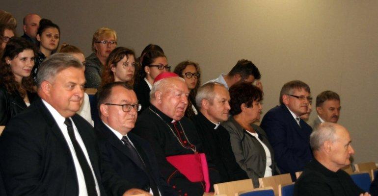Wydział Medyczny Uniwersytetu Rzeszowskiego uroczyście rozpoczął rok akademicki