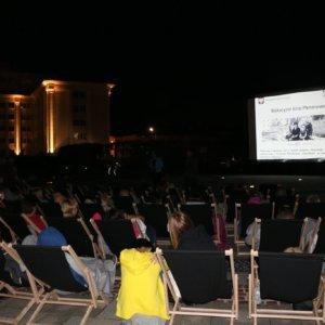 Wakacyjne Kino Plenerowe
