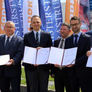 Podpisanie umowy na realizację kolejnego odcinka S19