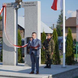 Uroczystość odsłoniecia pomnika w Harcie